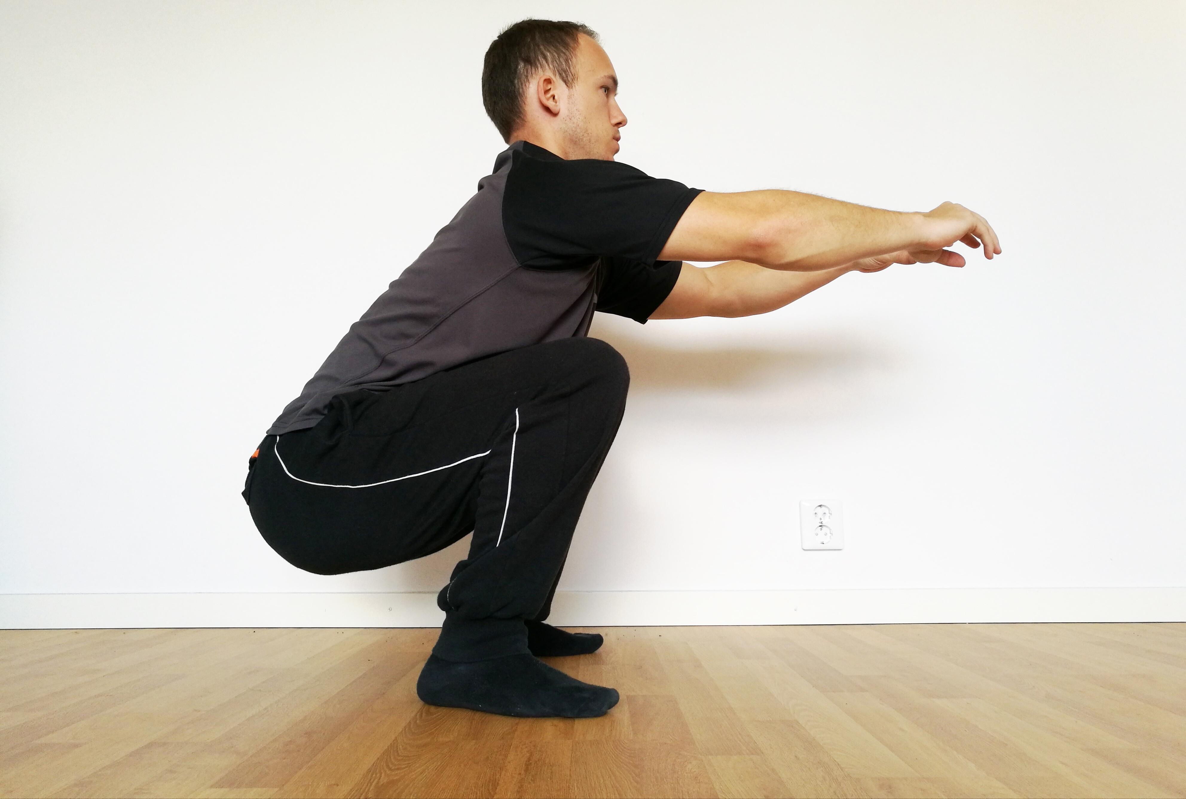 calisthenics lätta övningar knäböj squats