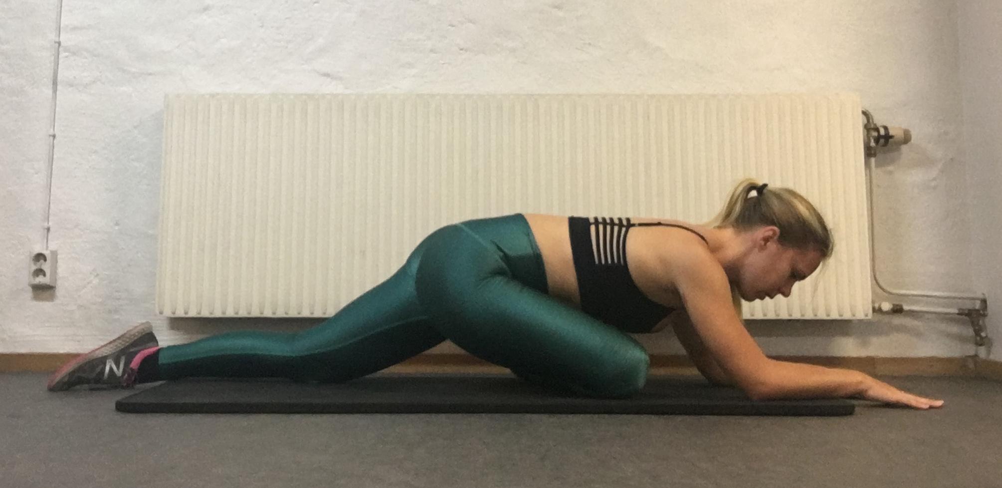 Yogaposition halv duva yogaövningar stretch