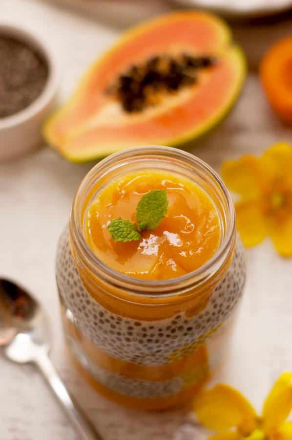 Chiagröt med frukt, mango, banan