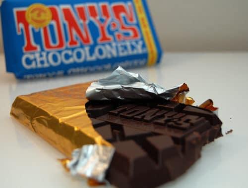 Tony chocolonely mörk vegansk choklad test