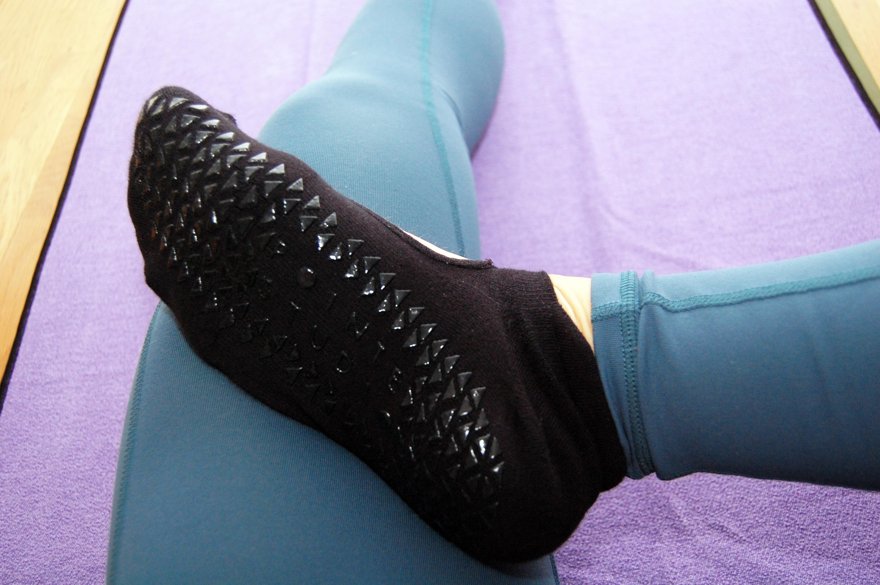 Yogastrumpor halkfria strumpor sockor, yoga tillbehör, svettas yoga glider