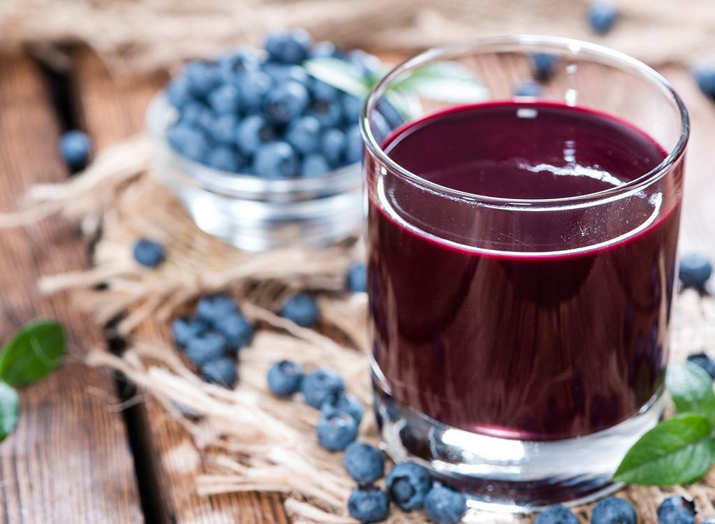 Juice shot med blåbär som innehåller antioxidanter mot förkylning