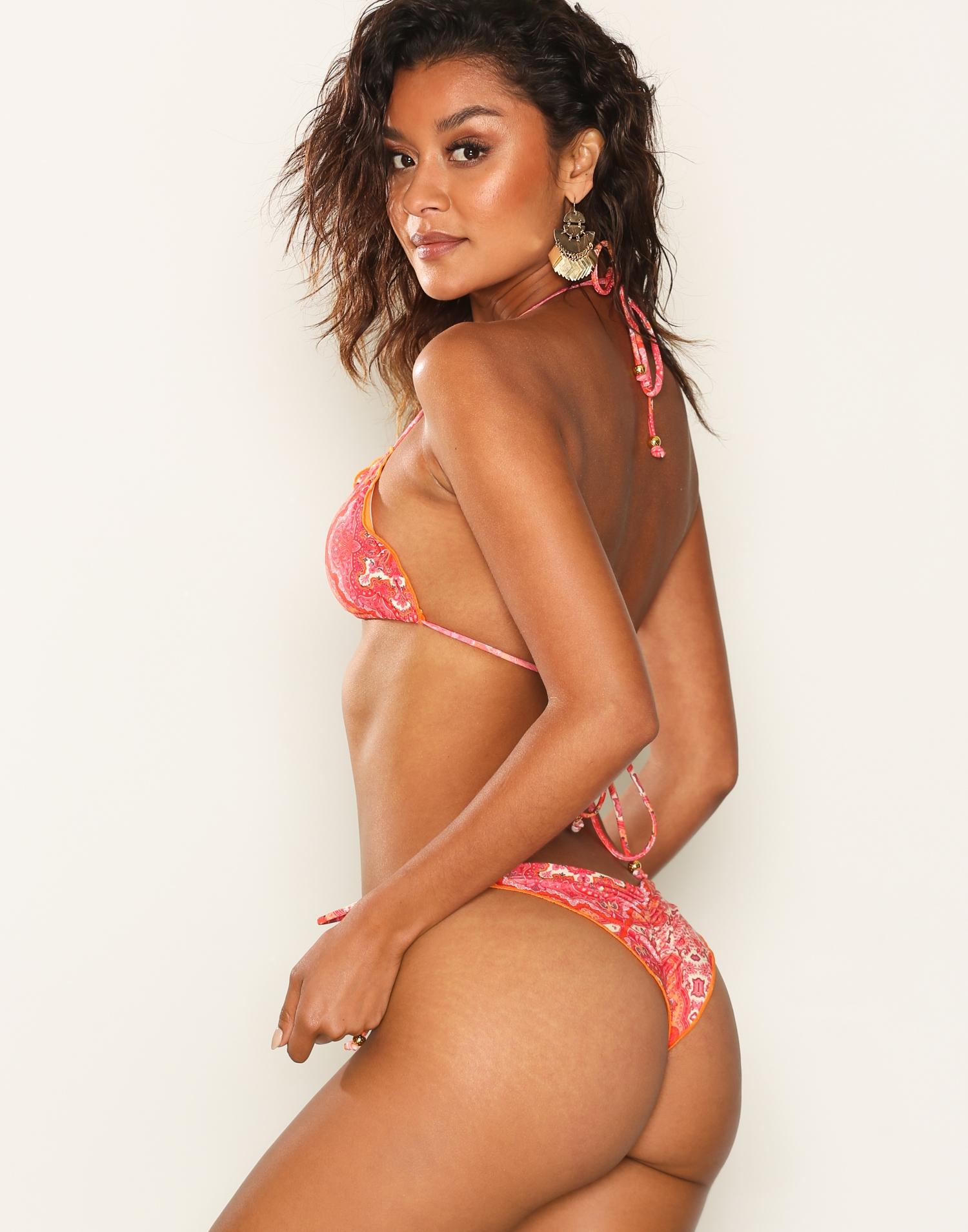 Brazilian bikini triangle bikinitrosa ruffle volang