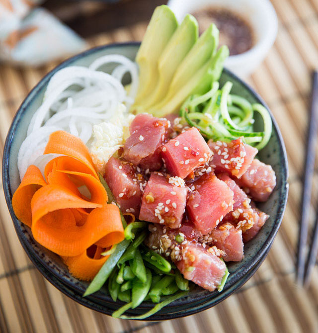 Poké bowl recept med tonfisk