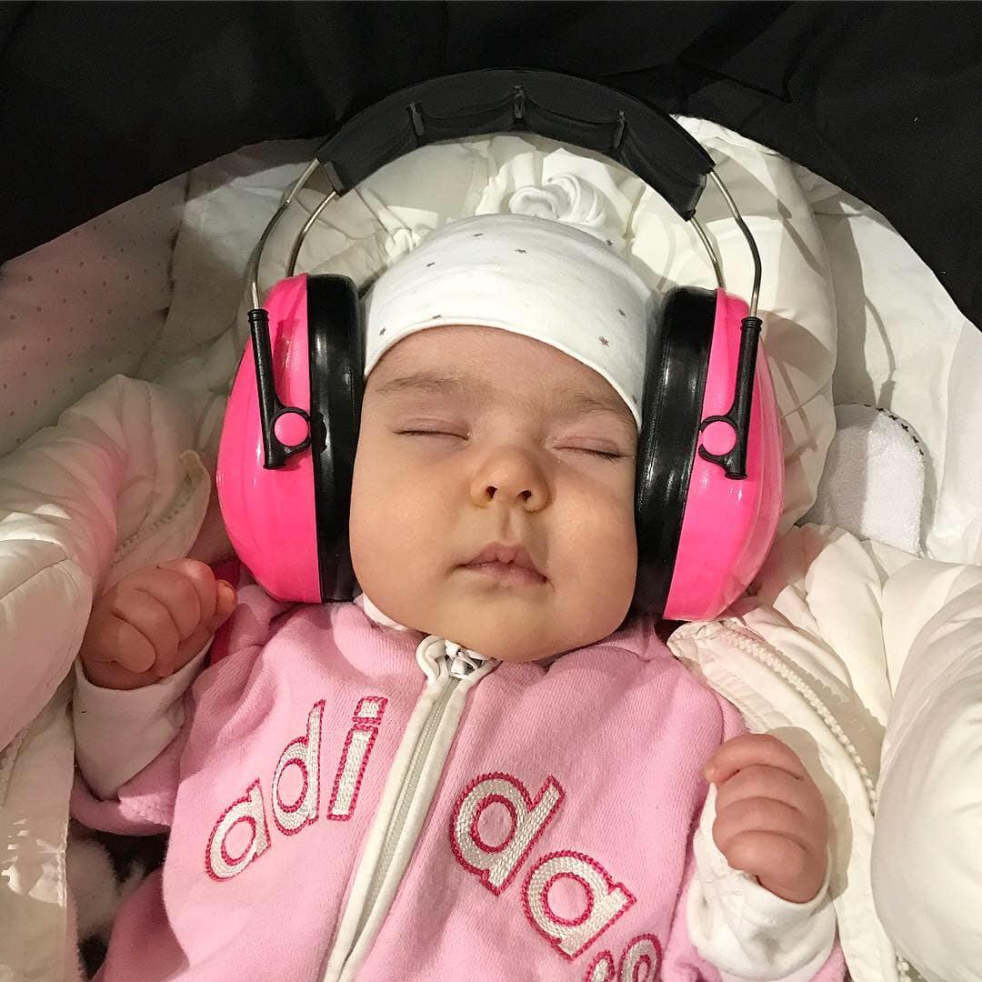 Besöka festival med barn hörselkåpor hörselskydd barn fitnessfestivalen 2018