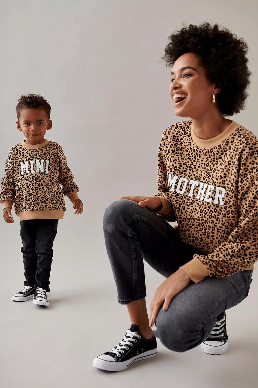 Matchande tröja mamma och barn