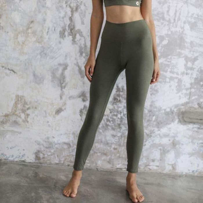 Gröna tights yoga ekologiska träningstights miljövänliga