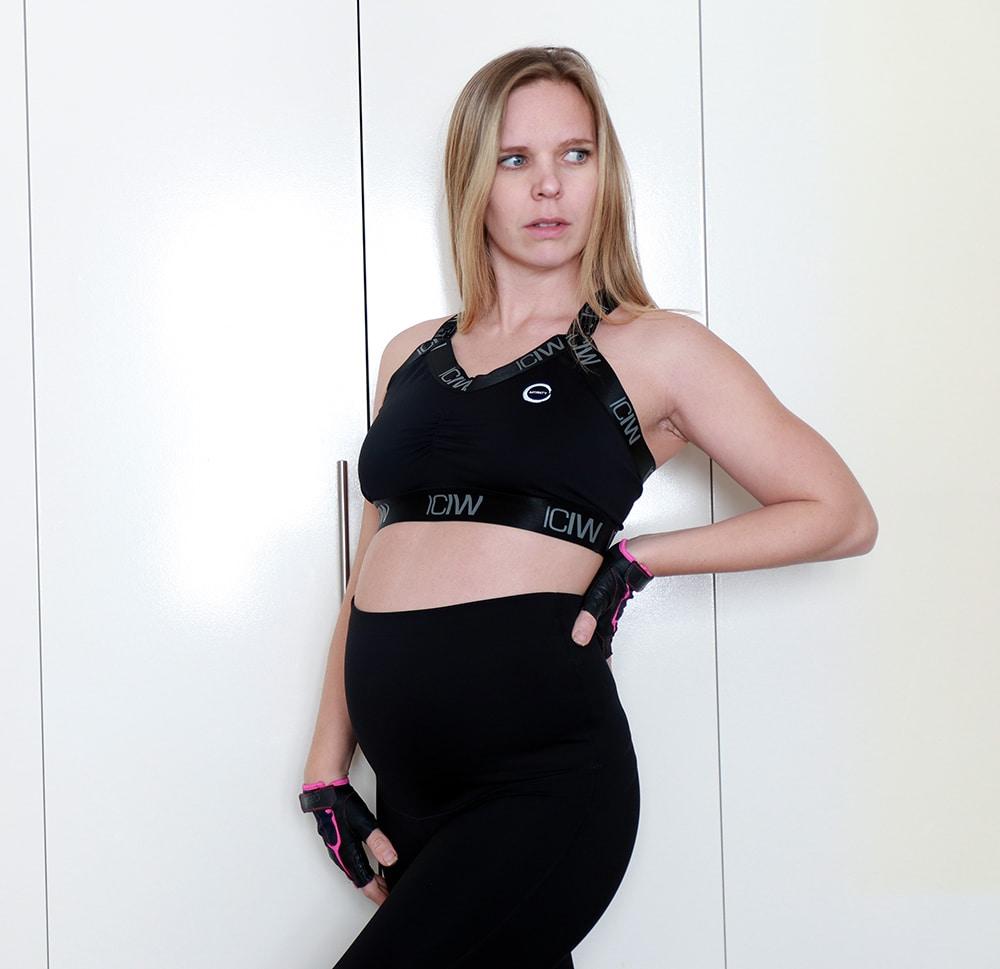 Träningstights gravid med hög midja. Träningskläder gravid.