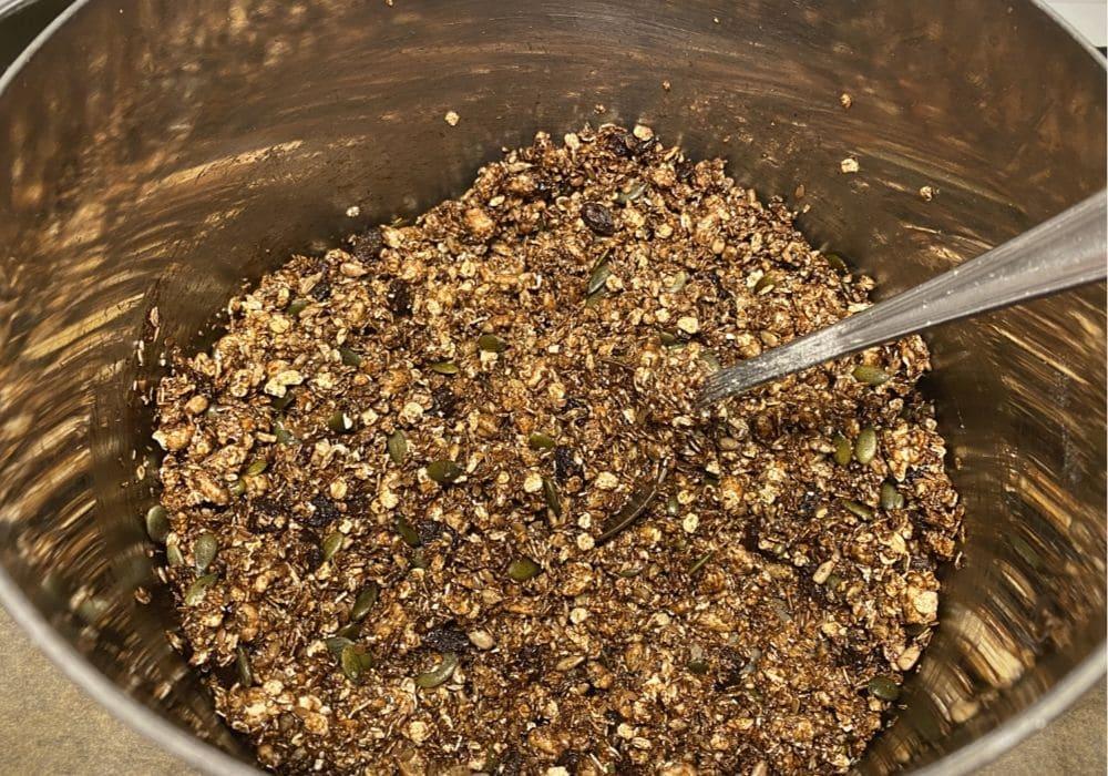 Göra egen granola recept - chokladgranola