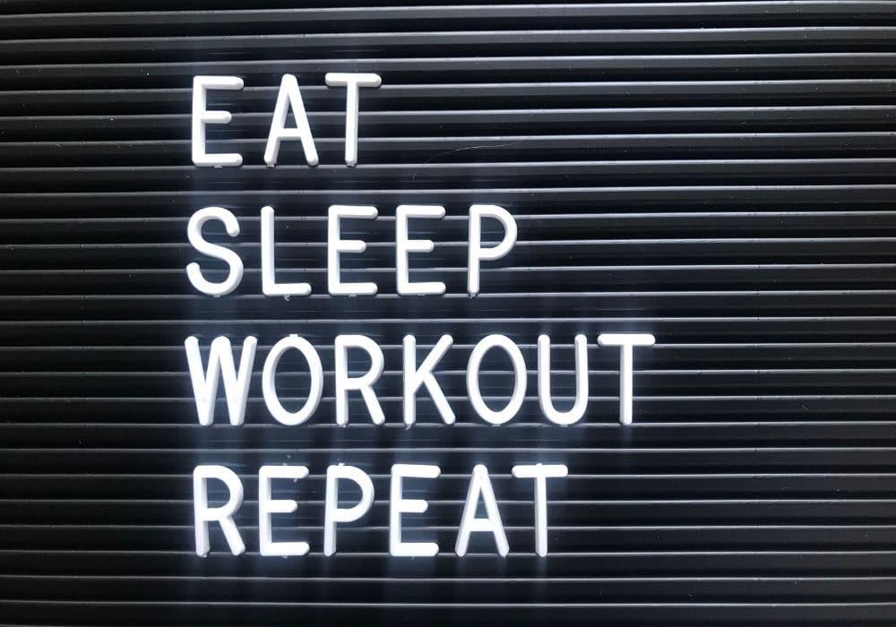 Äta innan eller efter träning