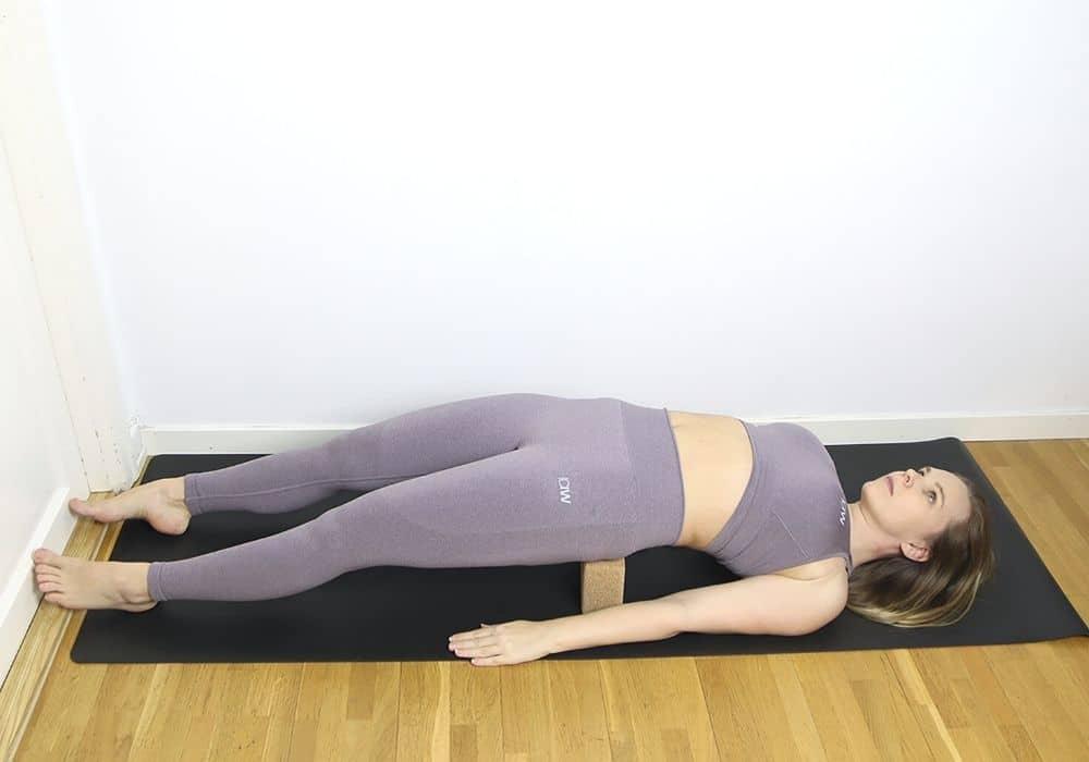 Fiskens position med yogablock