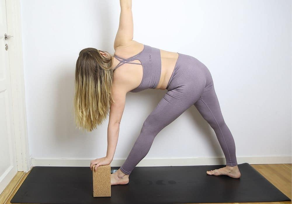 Omvänd triangel yoga klossar