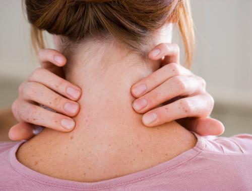 Bli av med gamnacke med träning mobilnacke ont i nacken stretching